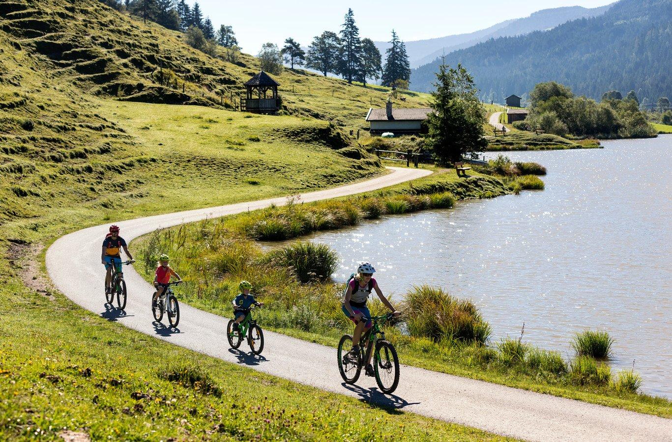 Tipp für Radfahrer: Skulpturenradweg Steinbergrunde