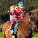 Ponyreiten am Schörhof